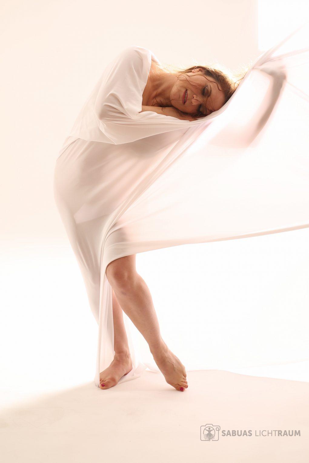 Natalie Bellydacne